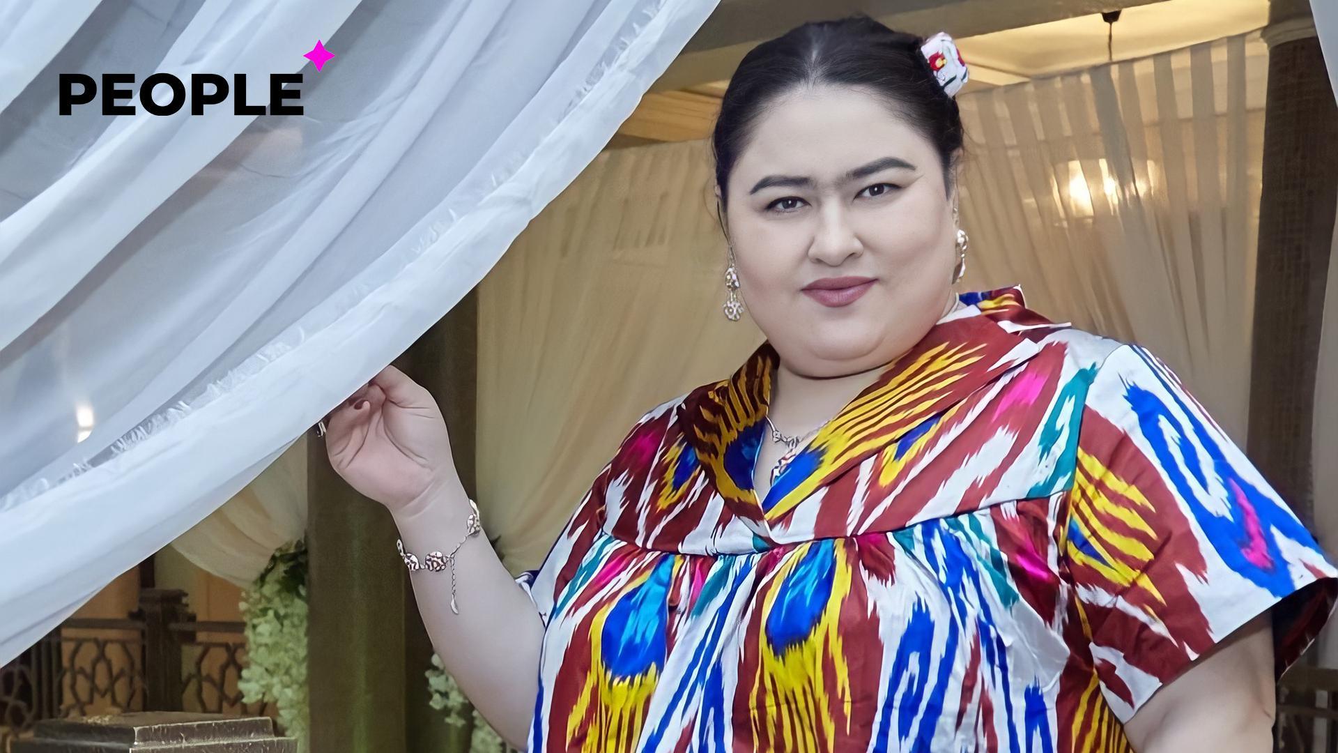 Халимахон сшила платье с изображением собственного лица — фото