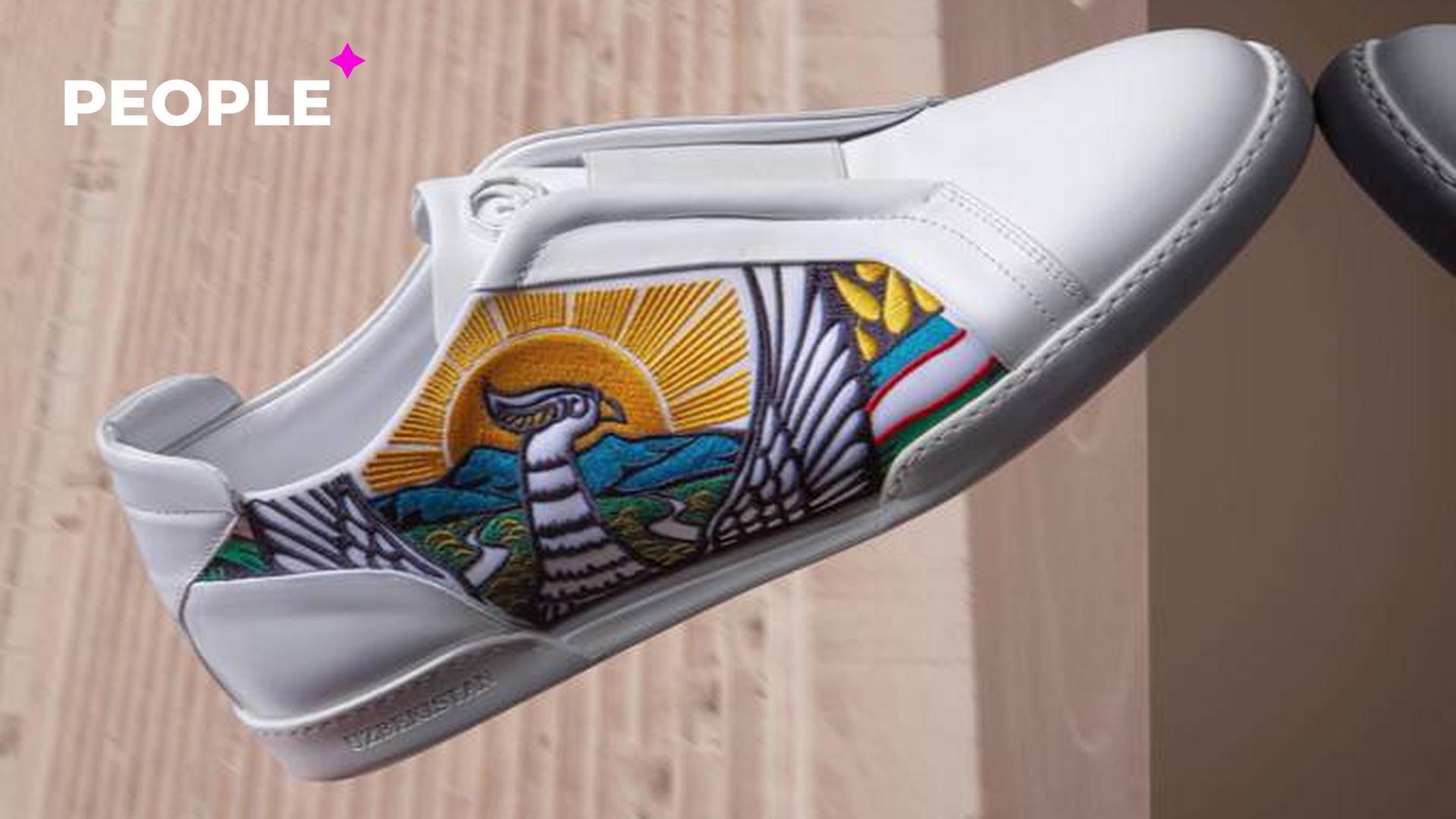 Столичный бутик извинился за коллекцию обуви Стефано Риччи с символикой Узбекистана