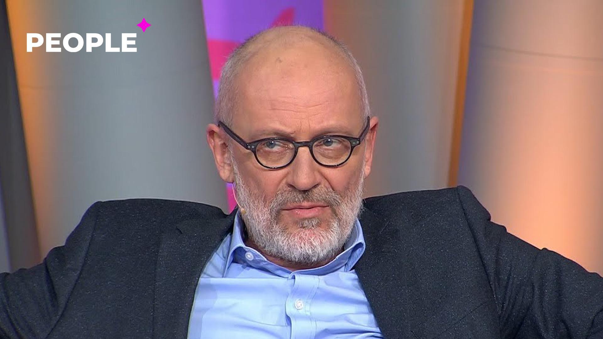 Телеведущий «Первого канала» признался, что выходит в эфир своего шоу пьяным