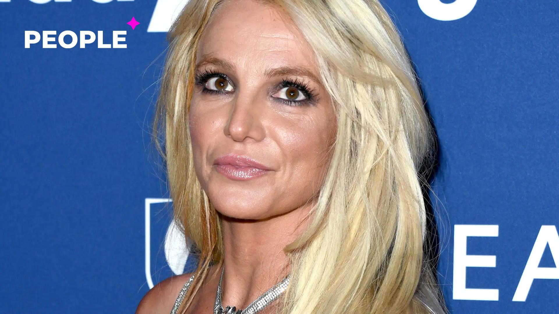Бритни Спирс впала в депрессию после очередного провала в суде