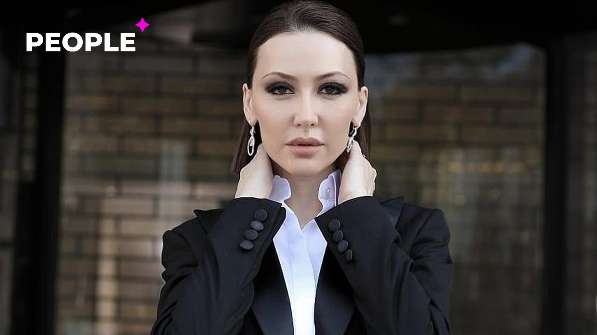 Певица Лола выступила против мужчин, которые заставляют своих жен сидеть дома и не работать