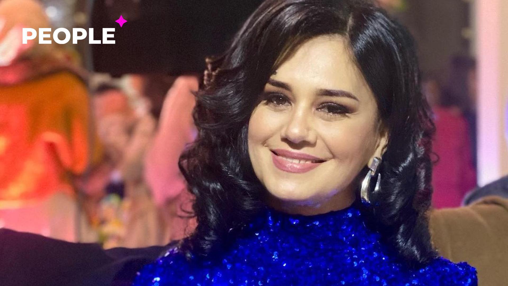 Актриса Наргиза Абдуллаева впервые за 12 лет встретилась со своей школьной учительницей